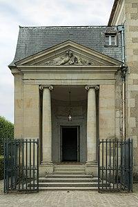 Petit Trianon, théâtre de la Reine, entrée.jpg