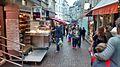 Petits commerces Rue Mouffetard.jpg