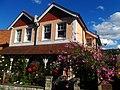 Picture postcard house, SUTTON, Surrey, Greater London - Flickr - tonymonblat.jpg