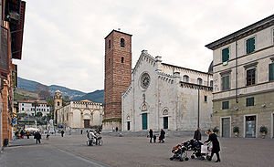 Pietrasanta - Cathedral square with the church of Sant'Agostino in the background.