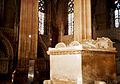 Portugalia Batalha wnetrze kaplicy fundatorow XV w grobowce krola jana I i jego żony filipiny z lancaster.jpg