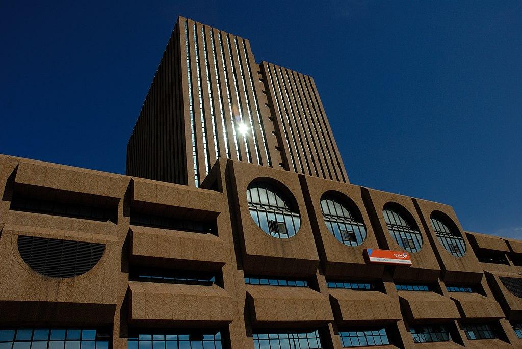 Post Office Building, in Port Elizabeth (39479674922).jpeg