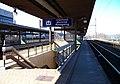 Praha-Holešovice, 3. nástupiště, podchod a cedule s ruštinou.jpg