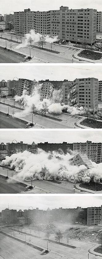 Pruitt–Igoe - Image: Pruitt igoe collapse series