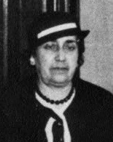 Purificación González Varela, segunda muller de Lugrís.
