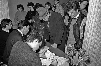 Elections in Lithuania - A polling station in Lithuania on the 1991 Referendum day.