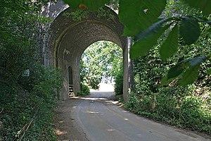 Little Ponton - Bridge under the East Coast Main line on Whalebone Lane