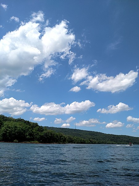 File:Raystown Lake August 2016 - panoramio - Ron Shawley (26).jpg