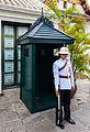 Regimiento Primero de Infantería de la Guardia Real, Gran Palacio, Bangkok, Tailandia, 2013-08-22, DD 09.JPG