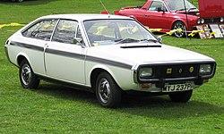 Renault 15 near Biggleswade 1289cc first registered May 1976.jpg
