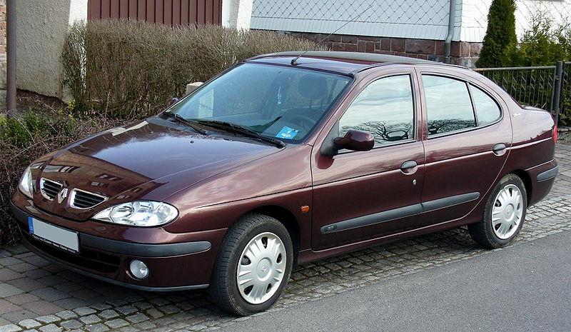 800px-Renault_M%C3%A9gane_Classic.jpg
