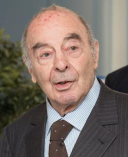 Robert Klapisch French physicist