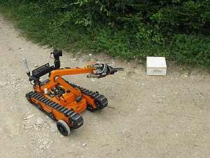 English: Training with bomb robot 1