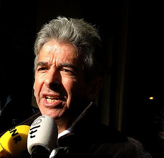 Ronald Plasterk - Plasterk giving a press statement in 2006