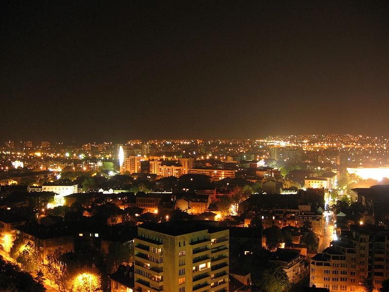 http://upload.wikimedia.org/wikipedia/commons/thumb/9/98/Ruse_at_Night.jpg/800px-Ruse_at_Night.jpg