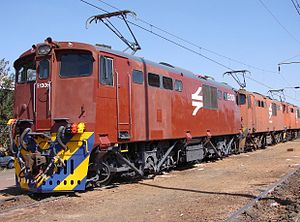 South African Class 6E1, Series 3 - No. E1306 at Beaconsfield Depot, 25 August 2007