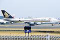SINGAPORE AIRLINES Boeing 747-412 (9V-SMU 27068 1000) (6382748497).jpg