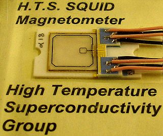 SQUID magnetometer