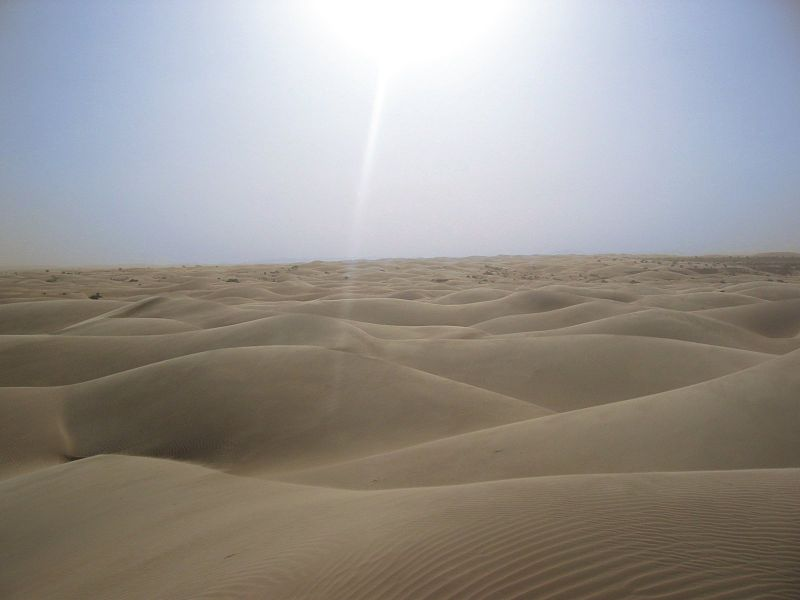 800px Sahara desert