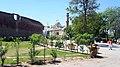 Samadhi of Ranjit Singh, Badshahi Mosque, Gurdwara Dera Sabid, located in Iqbal Park, Lahore by Damn Cruze.jpg