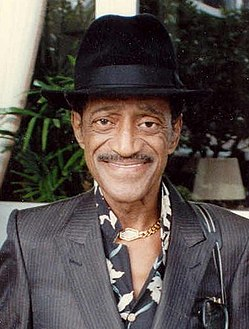 Sammy Davis Jr 1989 (cropped).jpg