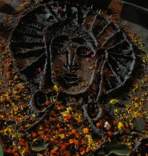 Chaitya Bhoomi - Image: Sand carved Buddha at Dadar Chowpatty