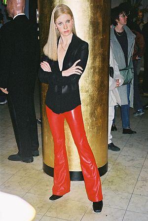 Sarah Michelle Gellar - Wax statue of Sarah Michelle Gellar at Madame Tussauds in London