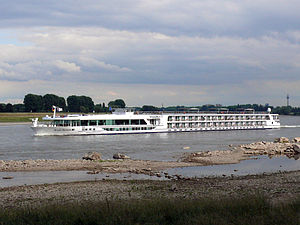 Scenic Diamond (ship, 2009) 005.jpg