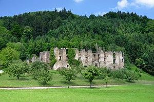 Schlossruine_Niederperwarth_02.jpg
