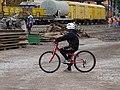 Semily, nádraží, přestavba, cyklista.jpg
