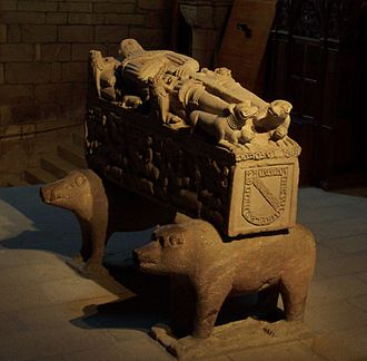 Andrade - Tomb of the knight Fernan Perez d'Andrade (d. 1387 CE), Betanzos, Galicia. Note the family coat of arms.