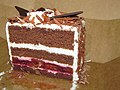 Sideview of Black Forest Cake (16335796524).jpg