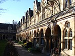 Sir William Powell's Almshouses 03.JPG