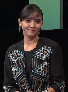 Siti Elizad on MeleTOP.jpg