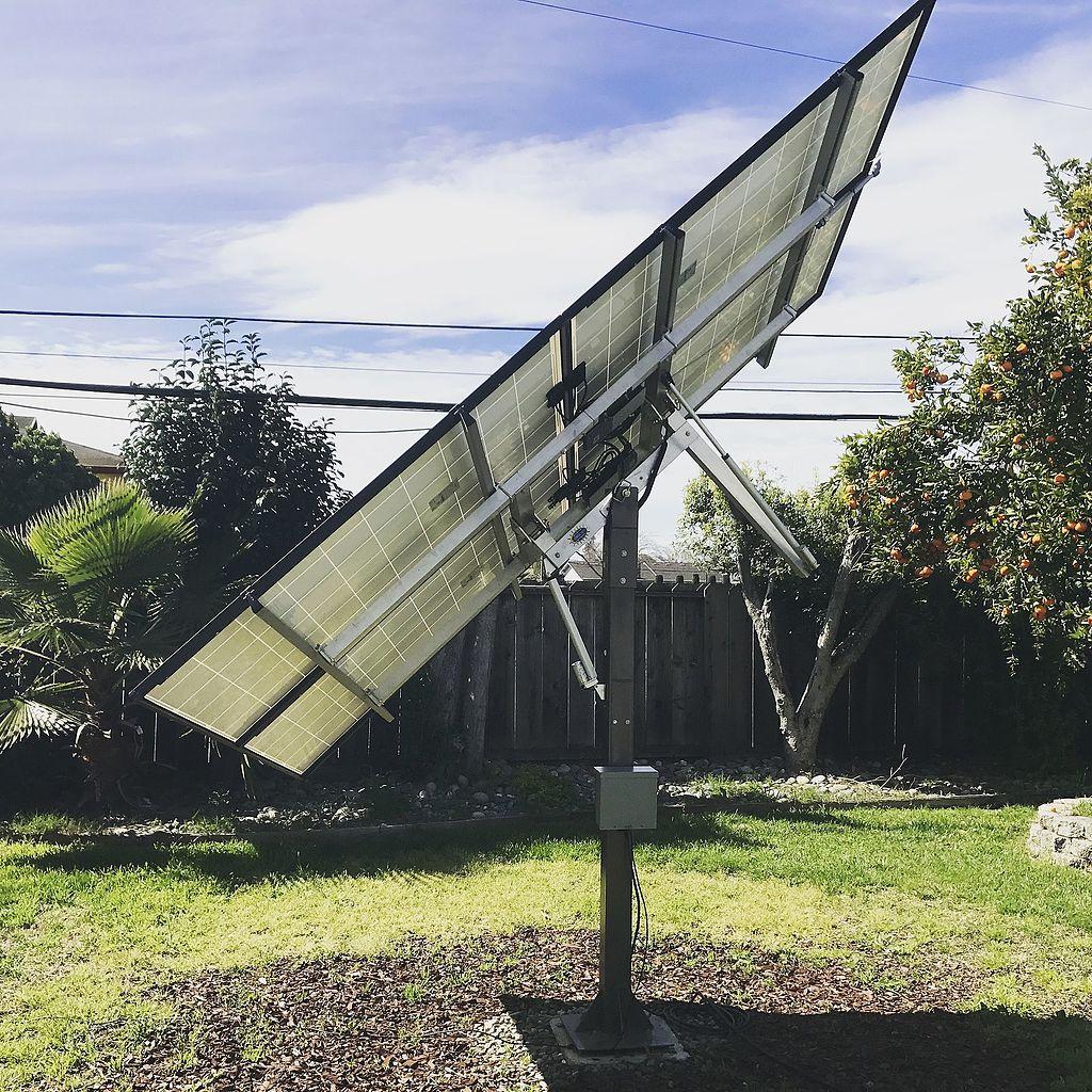 File Small Diy Solar Tracking Kit Jpg Wikimedia Commons