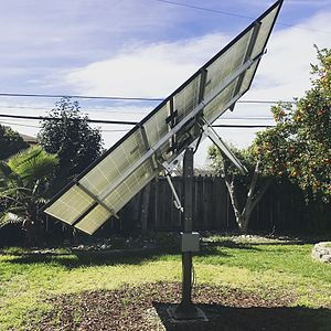 Solar tracker - Image: Small DIY solar tracking kit