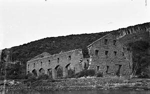 Smelting House ruins - Image: Smelting House ruins, 1930s