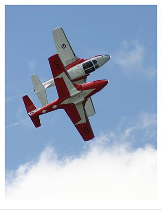 Canadair CT-114 Tutor - Snowbirds flying the Canadair Tutor c.2005