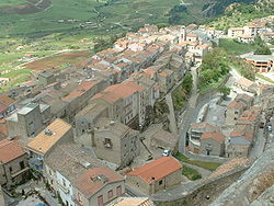 Sperlinga panorama dal castello.JPG