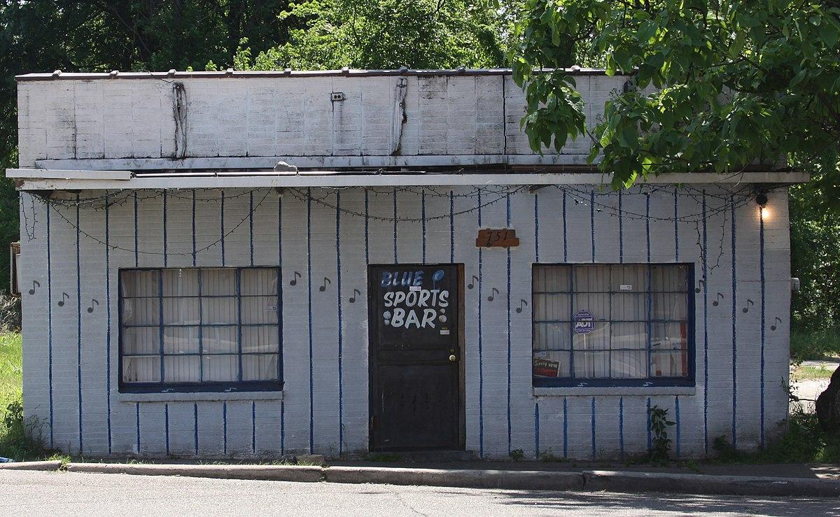 Sports Bar - Greenville, MS.jpg