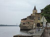 St.Etienne-des-Sorts (Gard, Fr) village au bord du Rhône.JPG