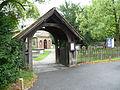 St Andrew's church, Totteridge 02.JPG