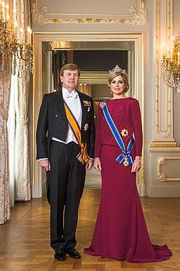Staatsiefoto Zijne Majesteit Koning Willem-Alexander en Hare Majesteit Koningin Maxima