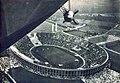 Stade Olympique de Berlin, août 1936, vu depuis 'l'Hindenburg'.jpg