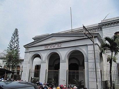 Cara untuk pergi ke Stasiun Bogor menggunakan Transportasi Umum - Tentang tempat tersebut