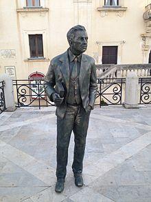 Giuseppe tomasi di lampedusa wikipedia for Scrittore di lampedusa