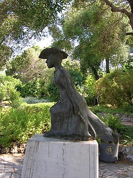 Statue of Molly Bloom Alameda Botanic Gardens Gibraltar.jpg