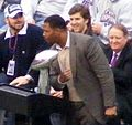 Strahan gets ready to Stomp (2244763359) (cropped).jpg