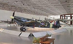 Supermarine Spitfire - Museu Asas de um Sonho 01.jpg