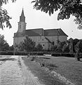Szent István tér, Római Katolikus Plébániatemplom. Fortepan 15073.jpg